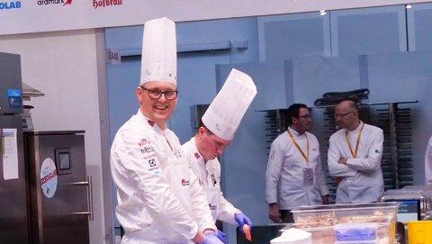 LEDET LAGET TIL SEIER: Kjell Patrick Ørmen Johnsen ledet kokkelanndslaget til seier i OL i kokkekunst i Stuttgart.