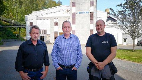 F.v. innkjøpssjef Arnfinn kroken, personalsjef Jarle Borgersen, klubbformann Roger Borgersen.