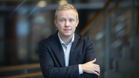 PASS PÅ: Dagleg får Telenor meldingar om svindelforsøk. – No får tida er det særleg mykje, seier informasjonssjef Magnus Line.