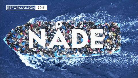 Nåde - Where Are You? Nåde er overskrift til kirkens markering av reformasjonen. Where Are You? er den italienske fotografen Massimo Sestinis spørsmål til dem som er ombord i båten. Han vil høre deres historie. Se lenke til hans prosjekt under saken.