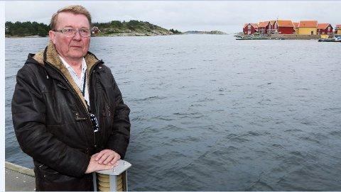 Eivind N Borge går hardt ut mot fylkesmannens syn på takvinduer og lysforurensning.