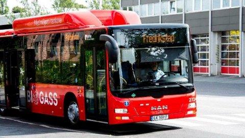 FRARÅDER: Østfold kollektivtrafikk fraråder at folk reiser med bussen.