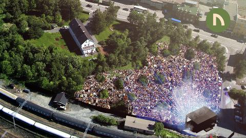 Scene: Slik ser arrangøren for seg at scenen vil stå i Bromsgårdparken, med publikum stående oppover i et naturlig amfiteater. Der vil vinneren av Årets Haitann opptre.