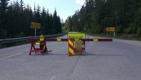 De to prøvde først å komme seg over grensen på Riksåsen.