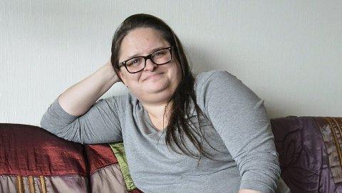 PRØVDE FLERE GANGER: Gry Hansen sendte leserbrev til HA for å vise Nav Halden at hun hadde prøvd å kontakte dem i fire uker. Foto: Anja Lillerud