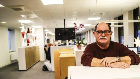 GLAD I HA: Øivind Kvitnes gleder seg til pensjonisttilværelsen, men synes også det skal bli rart å slutte på arbeidsplassen han er så glad i. Over 30 år er det til sammen blitt i HA, fordelt på to perioder. Han har også fått et sterkt og godt forhold til Bodø, der han jobbet i Nordlands Framtid i mange år.
