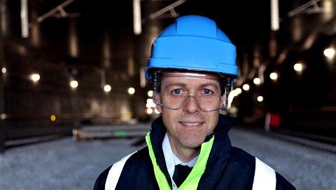 Samferdselsminister Knut Arild Hareide mener at planene om dobbeltspor til Halden blir for kostbart å gjennomføre.