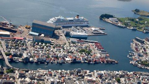 KANSKJE BLIR DET FLERE AV DISSE: På bildet er MS «Iona», som lå til kai i Haugesund i fjor.