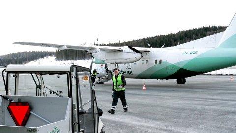 Billigere: Det blir dyrt å drifte en stor flyplass på Hauan, langt dyrere enn å drifte flyplassen i Mosjøen og på Røssvoll utenfor Mo i Rana. Arkivfoto: Torild Wika