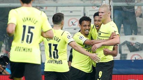 - MASKIN: Erling Braut Haaland hylles igjen etter nok en imponerende forestilling for sitt Borussia Dortmund.