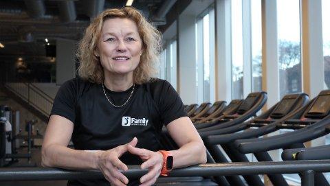SMILEPULS: Hilde Sandvoll er tilbake i trening etter å ha fått medisiner til hjertet sitt. Men treningen blir ikke helt som før: - Det blir mye smilepuls, og ingen makspuls. Det lever jeg helt fint med, konstaterer 52-åringen.