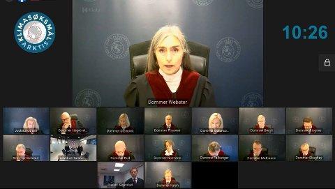 DOM: Høyesterettsdommer Bergljot Webster sluttet seg til flertallets innstilling, under tvil. Hun var kritisk til blant annet de økonomiske vurderingene som lå til grunn i konsekvensutredningen og mente mente de fulle klimakostnadene ikke var tatt med.