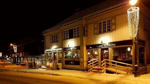 ÅPNER IGJEN LØRDAG: Mattilsynet stengte Khalles Corner på Fagernes etter et tilsyn tirsdag, men lørdag kan restauranten åpne igjen.