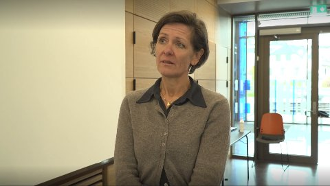 BEKYMRET: Siri Fuglem Berg er bekymret over at smitten øker, og ber folk fortsette å være forsiktige.