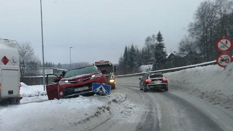 UHELDIG: Her gitt det galt på glatta. Bilberger Inge Steffen Samsonstuen forventer at føret blir skiftende og utfordrende i dagene som kommer.