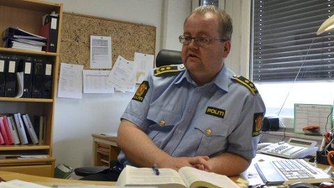OMFATTENDE: Politiadvokat Henning Klauseie sier til Østlendingen at det er gjennomført 106 avhør i forbindelse med siktelsen mot den profilerte idrettslederen i Hedmark.