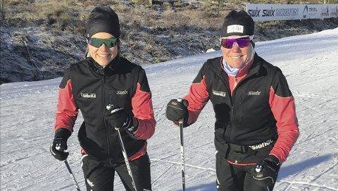 DRONNINGEN går med datteren: Anita Moen (t.h.) skal gå årets Birken sammen med datteren Karoline. Sistnevnte er en habil maratonløper, og bruker rennet som et ledd i sesongoppkjøringen. Mamma Anita har vunnet Birken fem ganger tidligere, men i år tar hun rennet som en tur. Foto: Privat