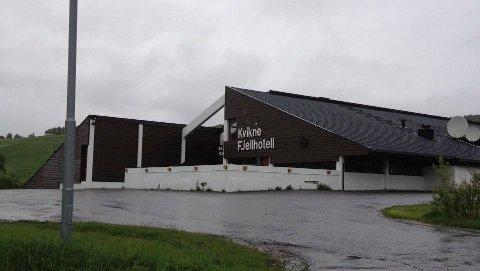 BAK HOTELLET: Bak hotellet på Kvikne ønsker Kvikne Eiendom å reise et næringsbygg på mellom 600 og 700 kvadrameter for å kunne huse Visbook.