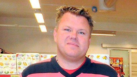 SATSER: Arnold Hansen vil starte Trosby Skjenkestue.