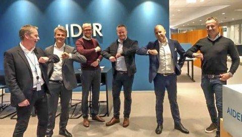 R8 Consulting slår seg sammen med kompetansehuset Aider. Sammenslåingen resulterer i 50 til 70 ansatte på laget her i Grenland.