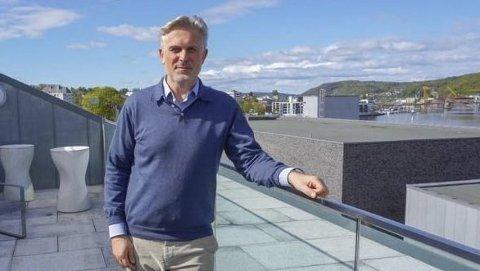 Jens Bjørn Staff