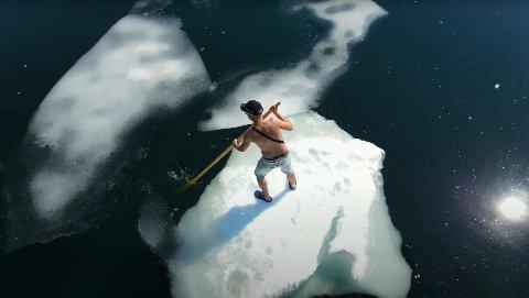 - Det lå fullt av isflak og frista i strandkanten. Sånn beskriver Ray Levang hva som skjedde da han tok seg en tur på et isflak.