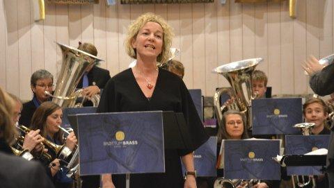 Synger: Anna Sundström Otervik synger i Ringsaker kirke
