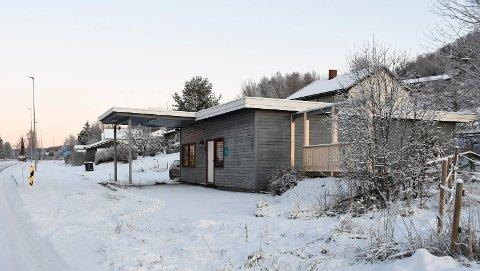 Satser på servering:  Eier av den gamle bensinstasjonen i Åsmarka ønsker å benytte lokalene til gatekjøkken, kafeteria eller pub.