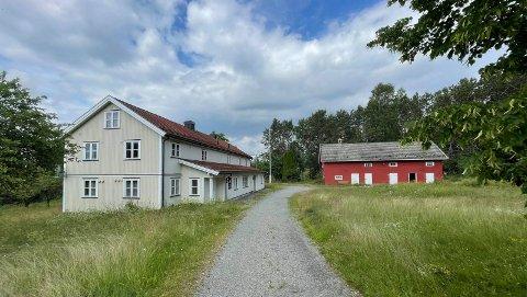 FLYTTER HIT: Anleggsgartner Arnesen AS flytter til eiendommen Hagen i Ringsaker.