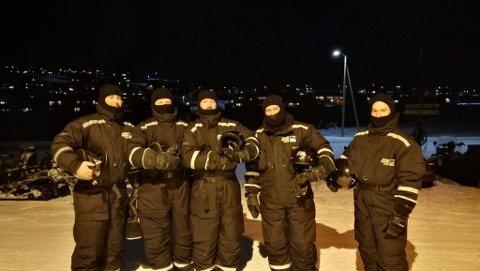 Drolsum Stasjon kom seg ikke hjem til Hønefoss som planlagt på grunn av uvær på Svalbard.