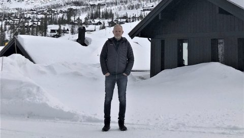 ENSOMT: Det er nesten helt folketomt i Gaustatoppen Naturpark. Geir Lien håper situasjonen ikke varer for lenge.