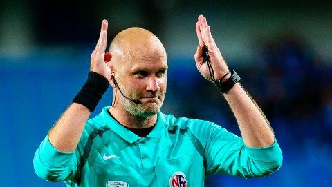 FINALEDOMMER: LSK nådde ikke cupfinalen, men det gjorde dommer Trond Ivar Døvle.