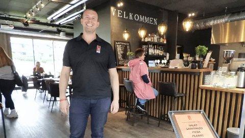 NY SJEF: Nils Ronny Urdal er ny sjef på 3475 kaffebar og pub.