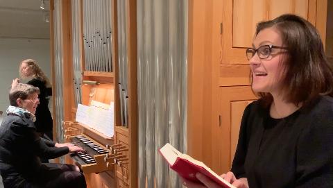PRØVER IGJEN: Rita Sørensen (til høgre) og Anne-Berit Rinde Bjelland, her saman med Astrid Bjelland på fløyte ved eit anna høve, held konsert på laurdag.