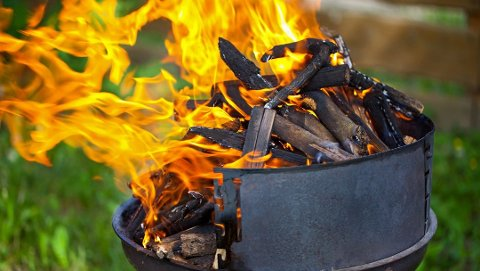 I fjor sommer ble det utbetalt over 100 millioner kroner i erstatning etter branner og branntilløp der kilden var grill, fyrstikker og røyking.