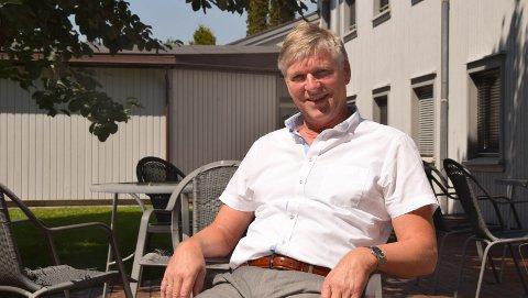SLUTT: Nå er det slutt etter 25 år som rådmann og kommunedirektør for Bjørn G. Andersen. Nå blir han pensjonist og flytter til Sørlandet.FOTO: roar hushagen