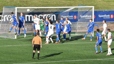 CORNER: Vard Haugesund scoret sine to første mål etter corner. NFK-laget har sluppet mange baklengs etter dødball denne sesongen.