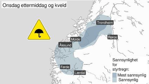 Kartet viser hvor det er størst sannsynlighet for styrtregn i tidsperioden. Tidens Krav gjør oppmerksom på at stedsnavnene på kartet er valgt av Meteorologisk institutt.