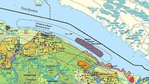 Tisleifjorden: Midt i fjorden går grensa mellom Gol og Nord-Aurdal, som ikke har tillatt kjøring på isen på «sin side» av fjorden. Også Hemsedal grenser til Tisleifjorden.