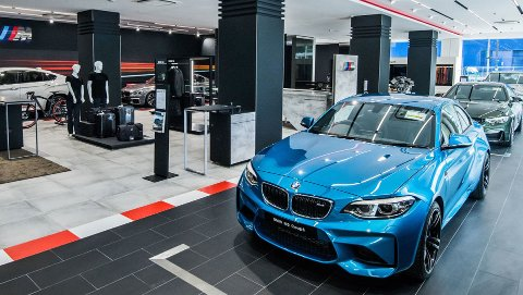 BMW justerer prisene på det norske modellutvalget, fra 1. april. Nå blir bilene 5 prosent dyrere.