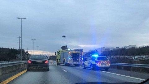 Det var ved Askos store bygg ved E6 i Vestby det var et trafikkuhell på E6 onsdag morgen.