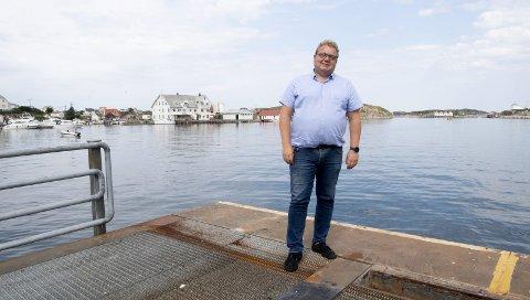 VAKKERT: Etablering av nye arbeidsplasser er det viktigaste for å få fart på Fedje, seier ordførar Stian Herøy. Han er glad for at det ikkje finst arbeidsløyse på øya, men fryktar for framtida.