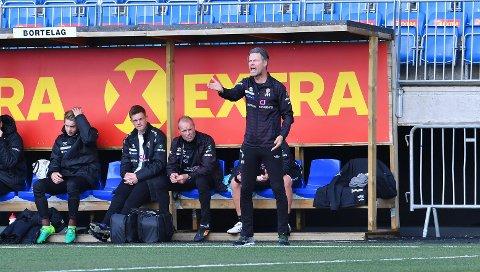 FORNØYD OG IRRITERT: MIF-trener Vegard Hansen var irritert over mye av det han så i Trondheim, men var totalt sett fornøyd med det ene poenget.