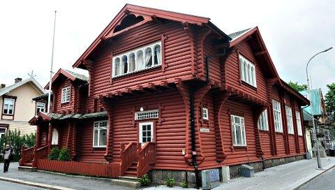 Skal reddes: Turnhallen ble bygd i 1899 og må ha penger for å unngå å råtne opp. (Arkivfoto: Geir A. Carlsson)