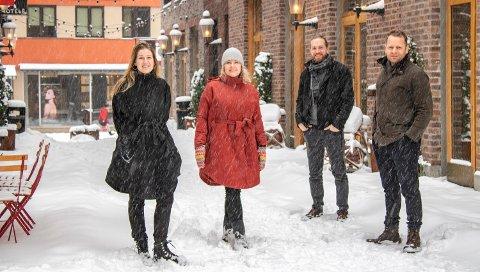 Arkitektene Alice Snorradottir, Karoline Kolstad Heen, Simon Øien og Øyvind Johnsen i Mad Arkitekter står sammen med Cityplan bak den nye Nygaardsplassen. Nå kan prosjektet nok en gang vinne en veldig gjev pris.