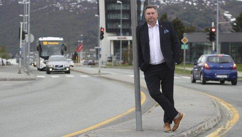 FØLER SEG SVIKTET: Rune Edvardsen, leder i Hålogalandsrådet. I ei pressemelding mener rådet at nedlegginga av flyruta mellom Evenes og Bodø er et svik – og skylder på Samferdselsdepartementet.