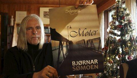 KLAR: Boka «Møter» er klar for salg. Det er Bjørnar Sømoens 19. utgivelse, og mer kommer.foto: Sverre Viggen