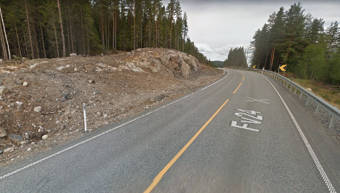 Skogen er fjernet og alt var klart til rette ut fylkesvei 24. Nå er det høyst usikkert når jobben vil bli gjort.