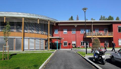 FÅR DRIKKE: Politiet får lov til å drikke ved Politihøgskolens utdanningssenter i Kongsvinger.