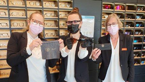 KOM IKKE PÅ TALE: Fra venstre: Line Aakre, Silje Marie Norris og Jannike Fehn. De har fått seg en god latter etter at de bestilte feil.